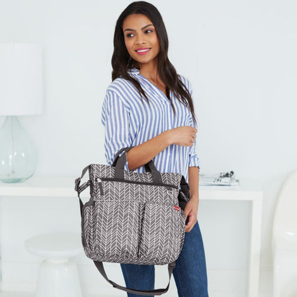 Skip Hop Duo Signature Nappy Bag: Grey Feather