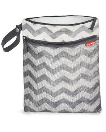 Skip Hop Grab & Go Wet/Dry Bag: Grey Chevron