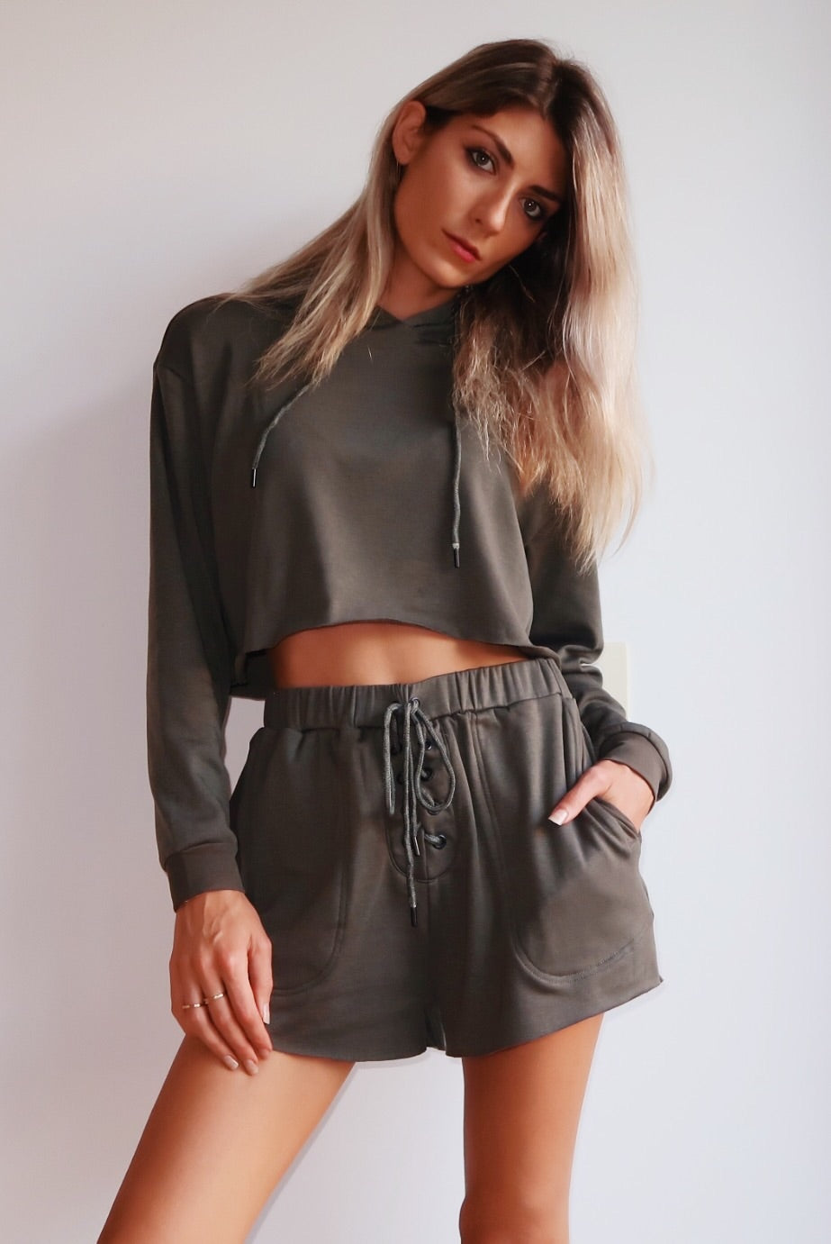 KYLIE LACED SHORTS - KHAKI