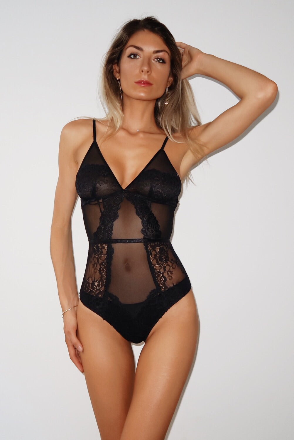 HAILEY LACE BODYSUIT - BLACK