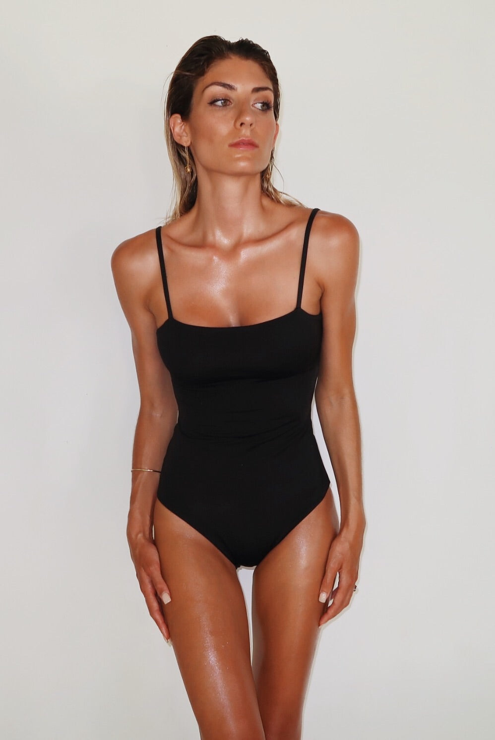 ALLURE ONE PIECE - BLACK