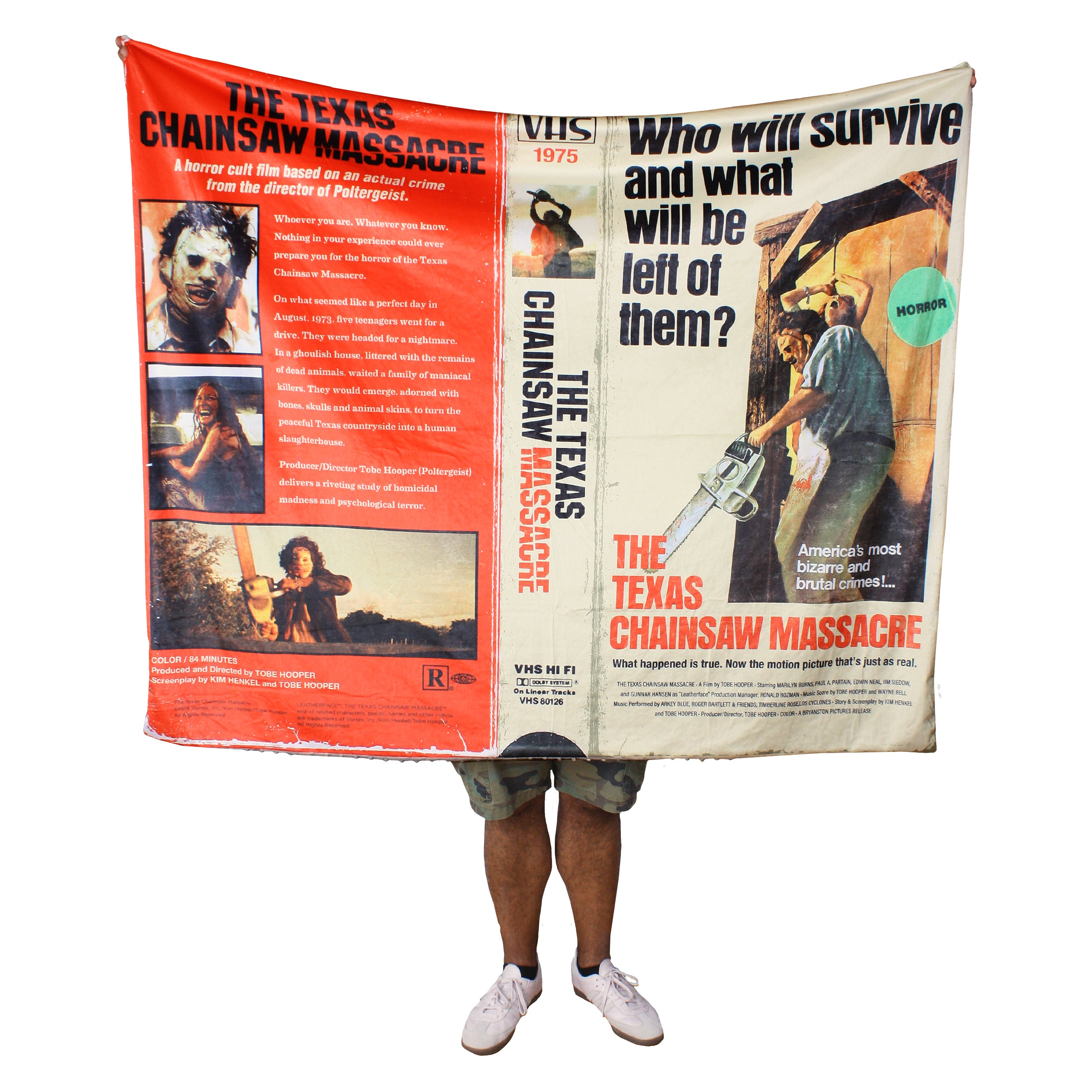"Texas Chainsaw Massacre™ Blanket & Plush ""Scare"" Package"