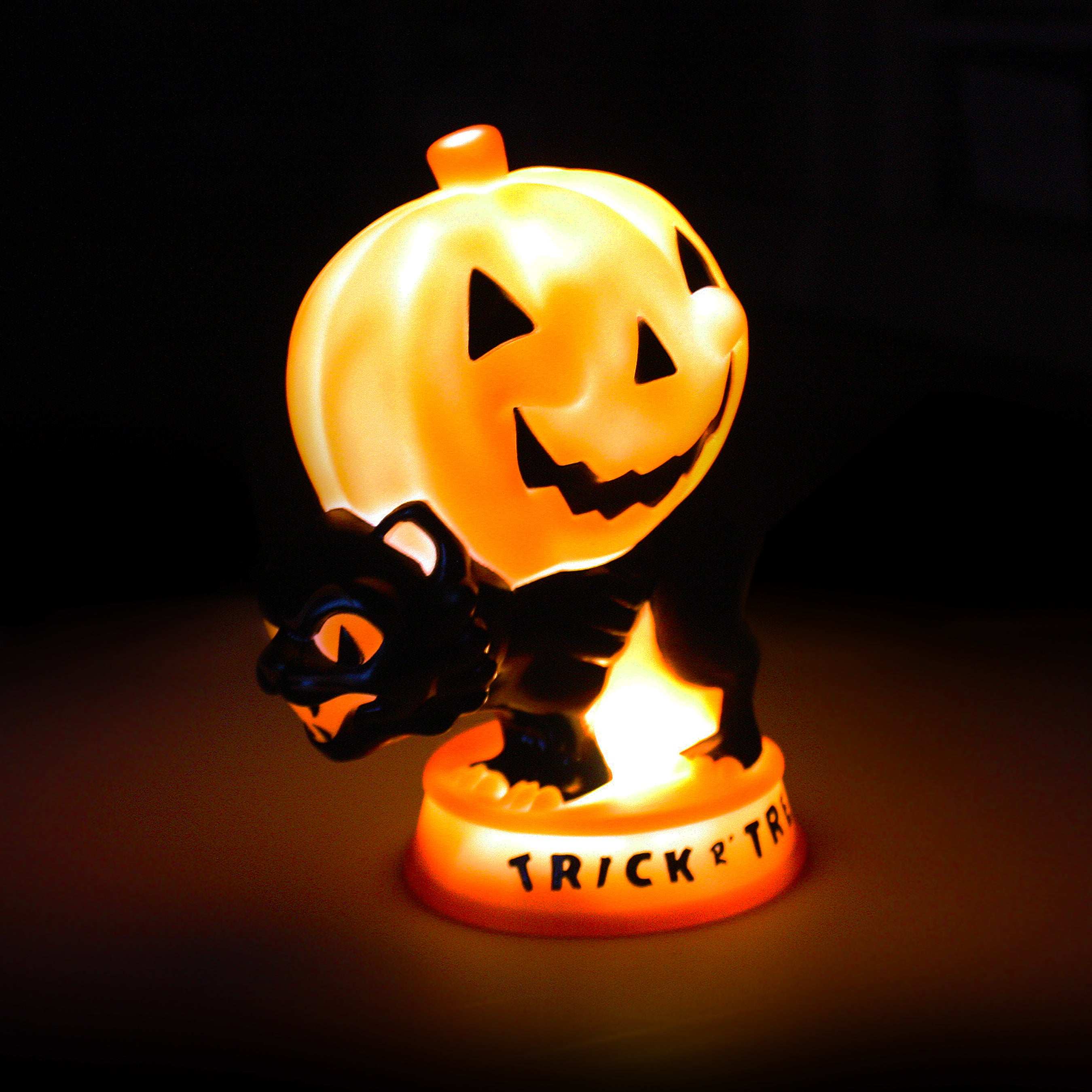 Beistle® Cat-O-Lantern LED Lamp