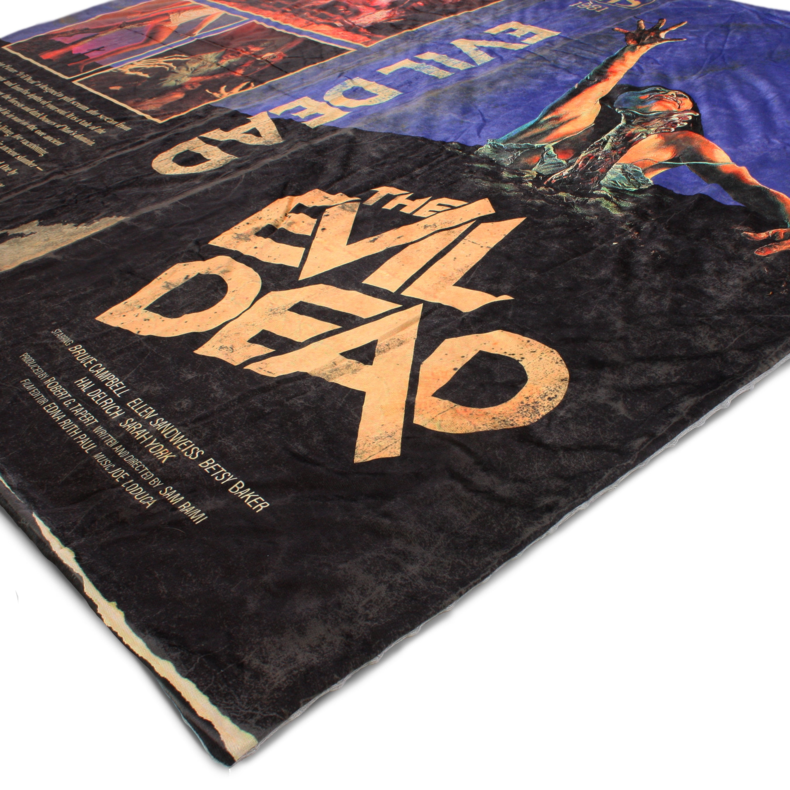 "Evil Dead Blanket & Plush ""Scare"" Package"