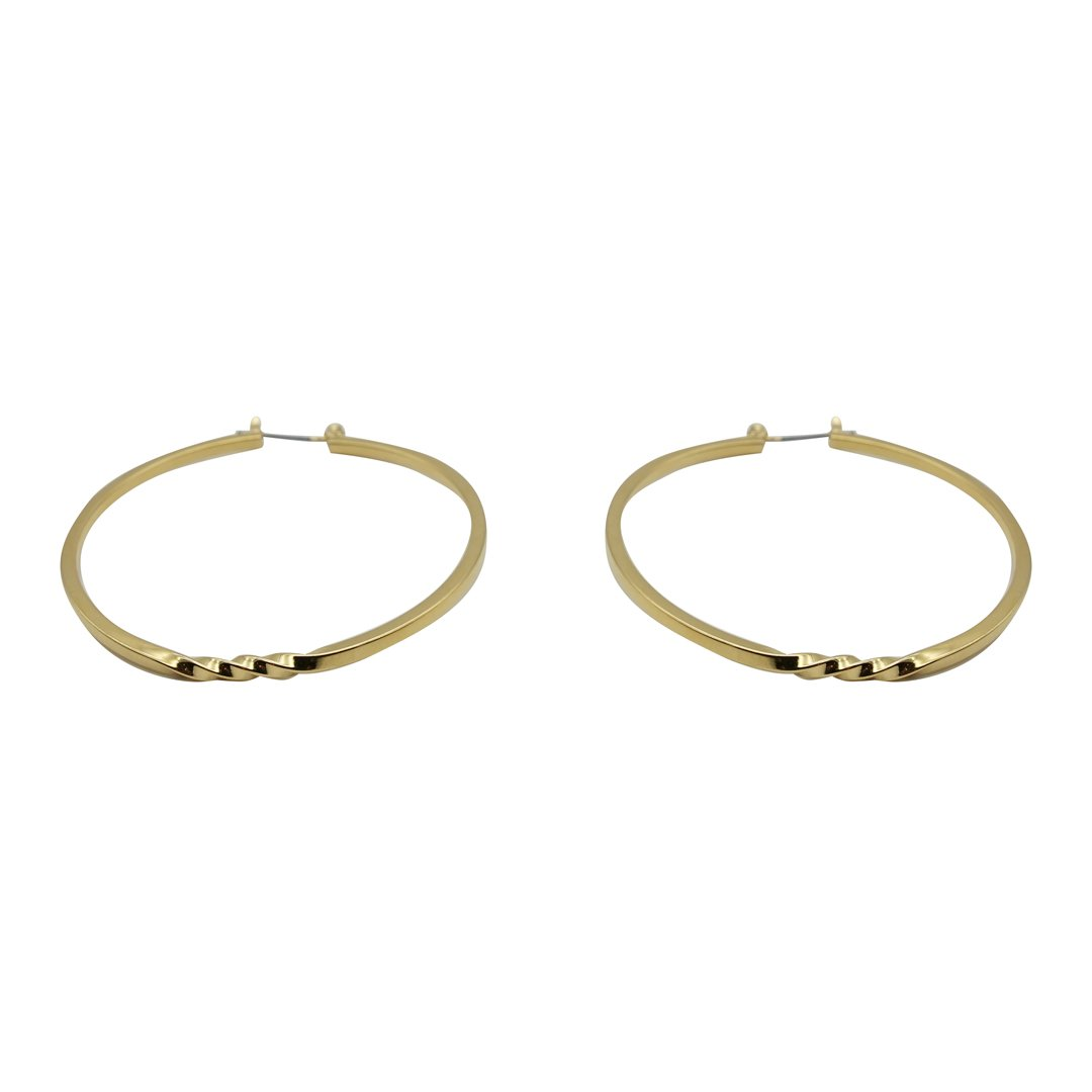 Large Twist Hoops
