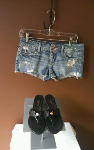American Eagle blue distressed denim Sz 4, excellent condition