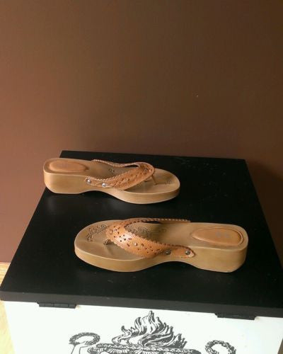 Bakers brown Summer sandals, Sz 9M, excellent condition.