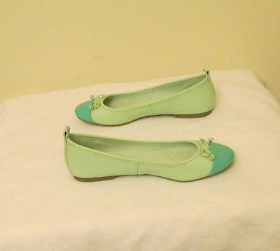 Ann Taylor Leather Flats Lime Green/Tropical Blue Tip Size 6M