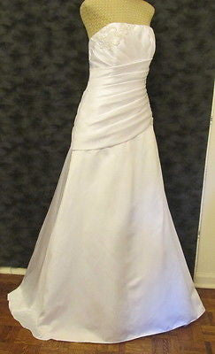 bd1e5ae13c02 New David s Bridal White Wedding Dress Size 12 New With Tags – LZ ...
