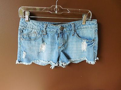 Something Trickie blue denim shorts Sz 7, excellent condition