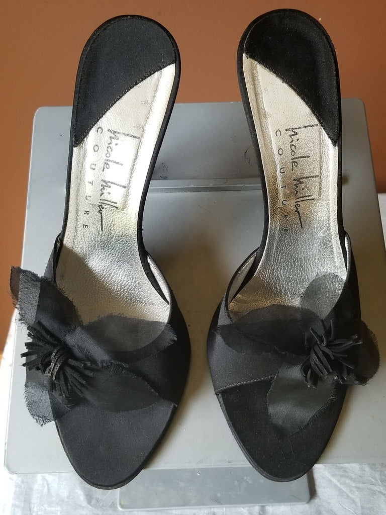 8c54eab95cb Nicole Miller Couture black formal sandals with black roses, Sz 9 ...