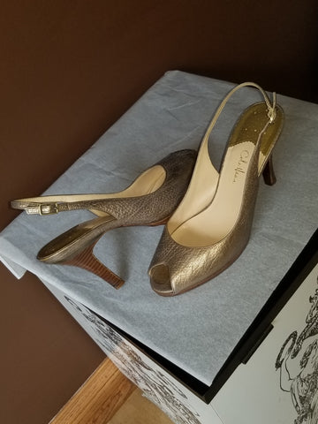 Cole Haan Nike Air peeped toe lite gold  slingbacks, Sz 9.5B