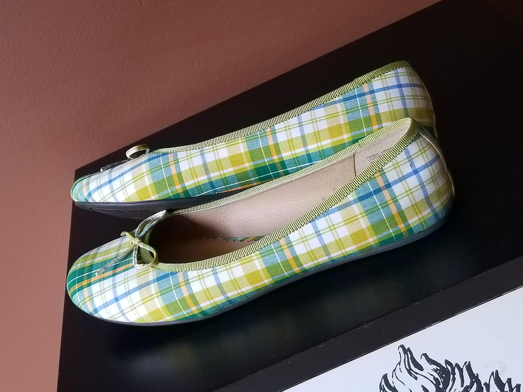 BP multi-color  plaid flats with small bows on the front, Sz 9.5M