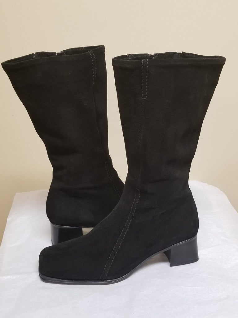 La Canadienne knee high suede black boots, size 12