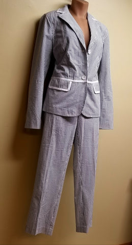Liz Claiborne sloane white & gray strip pants suit, pants size 12, jacket size 8