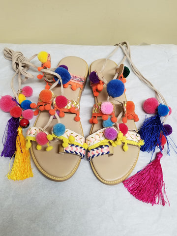 Source colorful strappy fab sandals, size 9