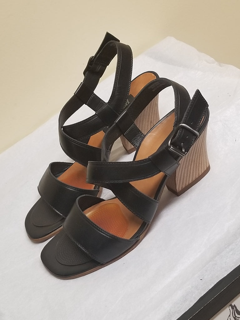 Paul Green designer black sandals, size AT 5 (US 6.5)