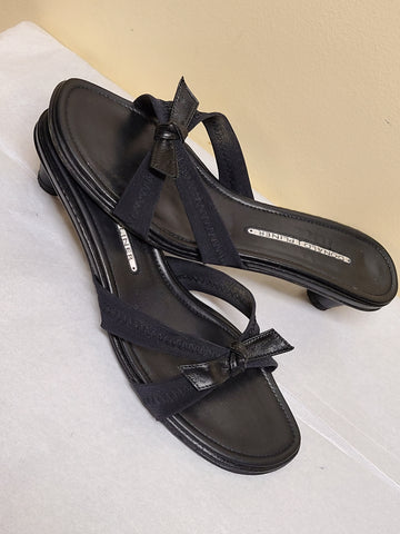 Donald J Pliner leather black sandals with bows, size 7M