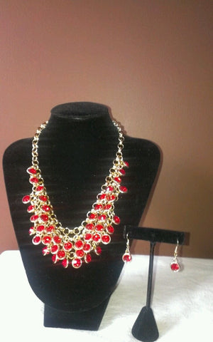 NEW beautiful hand made costume Jewelry set, necklace and earrings