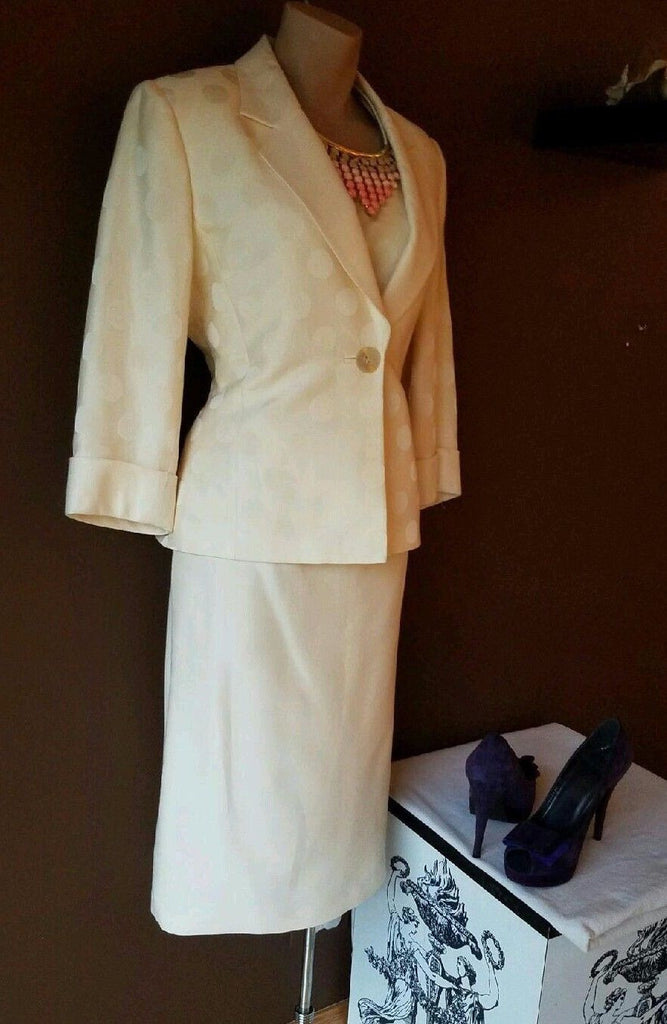Albert Nipon 3 piece skirt suit, size 4. Tan with a hint of peach