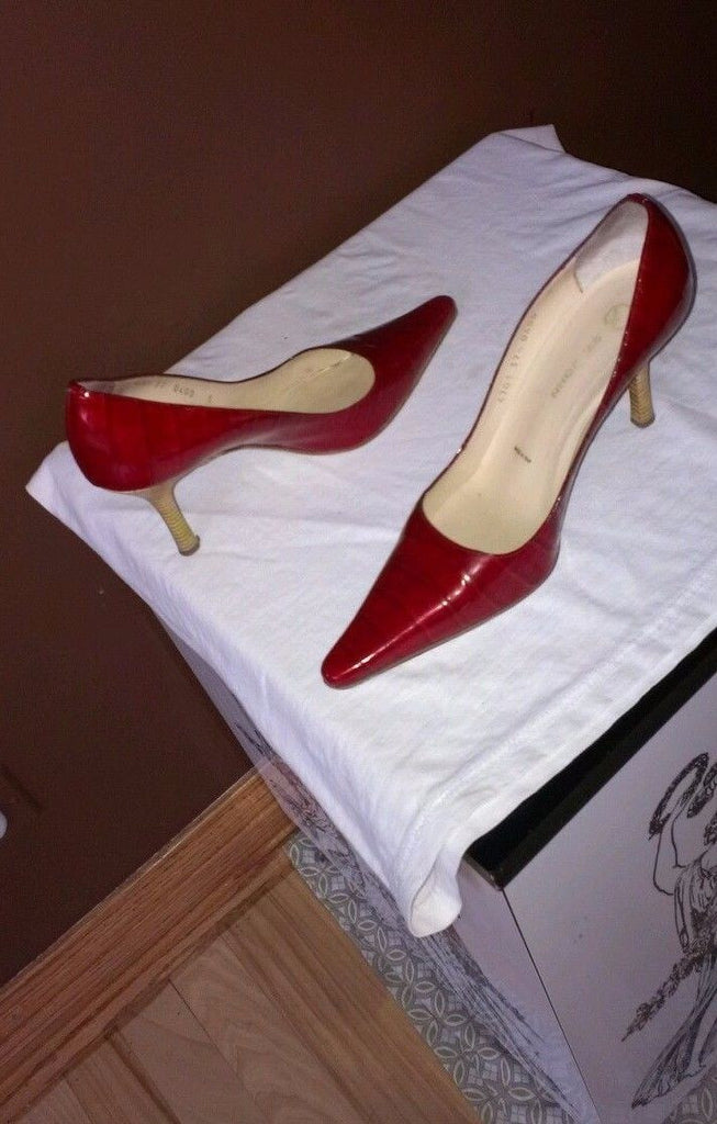 St John red career pumps, size 7.5 B