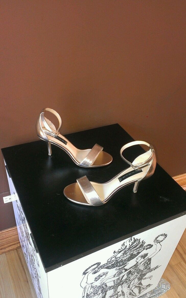 NEW Steve Madden formal silver sandals Sz 7M