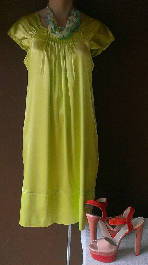 Vertigo Paris green Spring/Summer dress, Sz medium