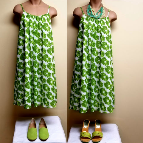 London Times green and white sleeveless dress, size 10 petite