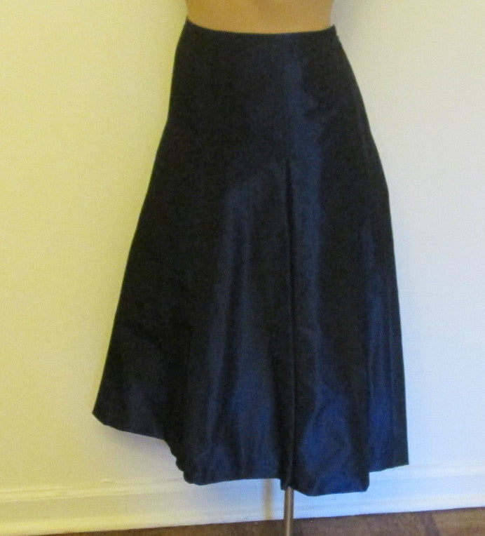 Talbots pintucked pleated dark blue skirt Sz 6, excellent condition