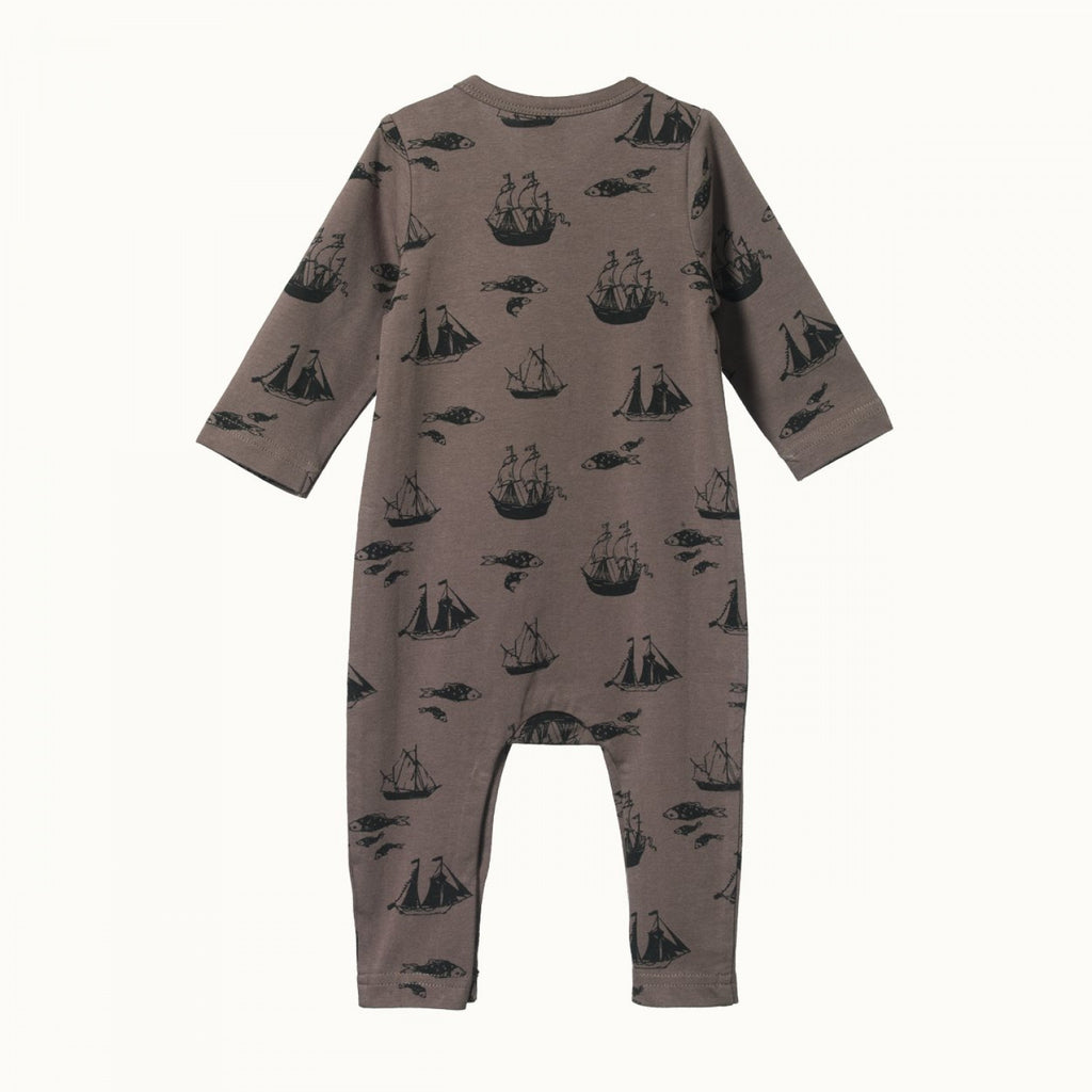 Baby's will feel warm and cosy in our soft and luxurious ranges of bodysuits, sleep clothes, sleep gowns, leggings, zipsuits and more by Nature Baby. We have a variety of organic fabric products for you to choose from. You will love our curated, quality and beautifully range of products to choose from in store and online.