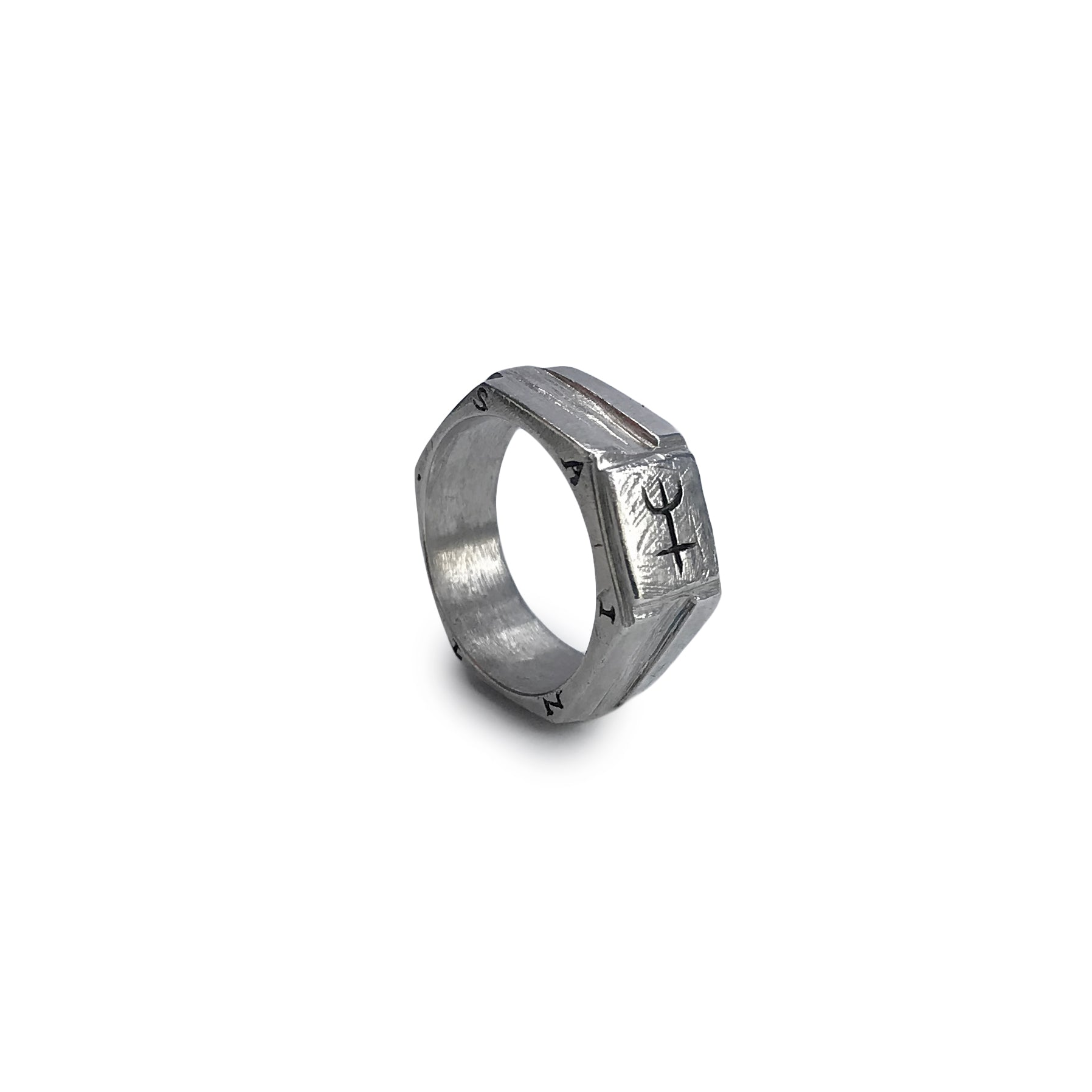 S A I N T Hex Ring