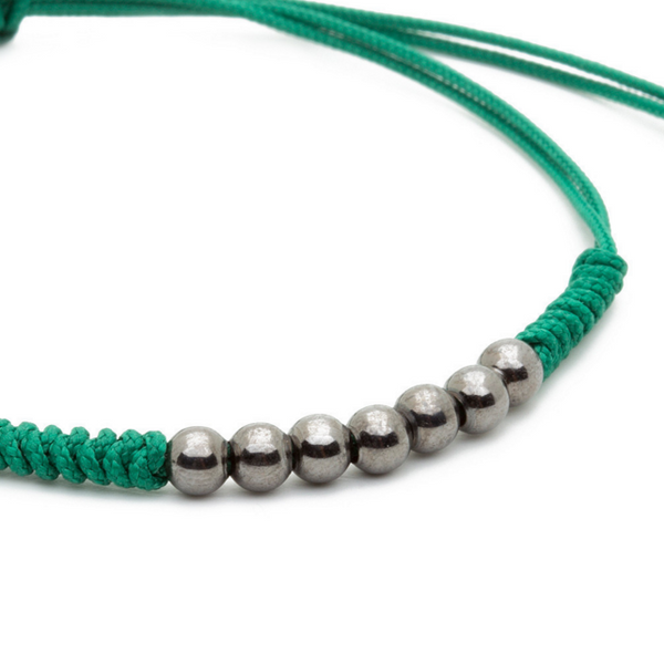 Modalooks-Ruthenium-Plated-4mm-7-Balls-Waxed-Cord-Macrame-Bracelet-Green-Close-Up