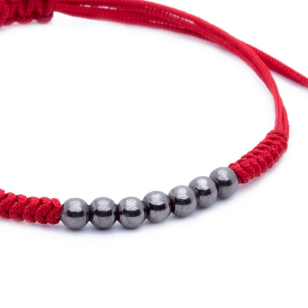 Modalooks-Ruthenium-Plated-4mm-7-Balls-Waxed-Cord-Macrame-Bracelet-Red-Close-Up