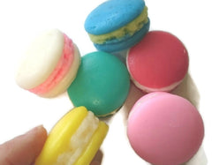 Macaron Medium 4 x Cavity Silicone Mould
