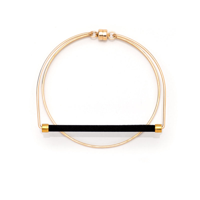 Loop Bracelet Black Gold
