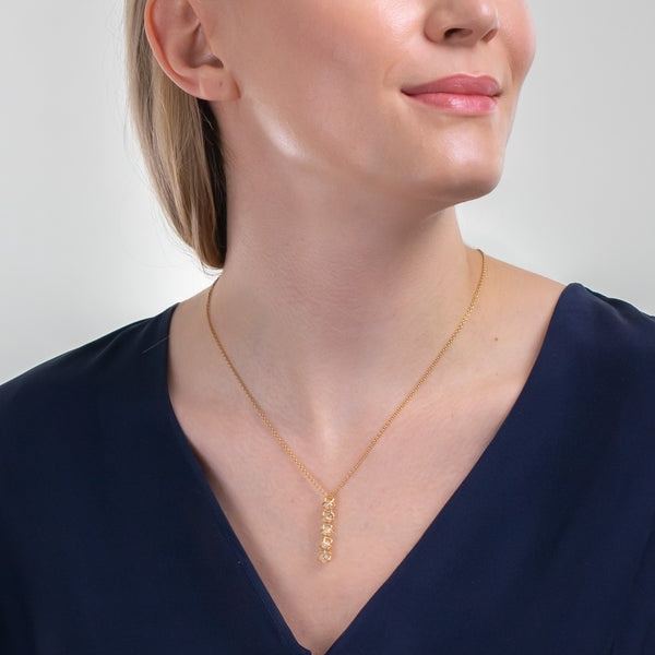 EMBRACE MOSCOW IMPERIAL 5-Star Fall Necklace 18ct Yellow Gold
