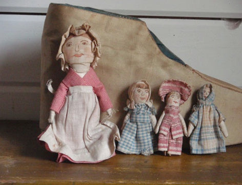 Soft Toys from late 19th century: old lady who lived in a shoe and her children