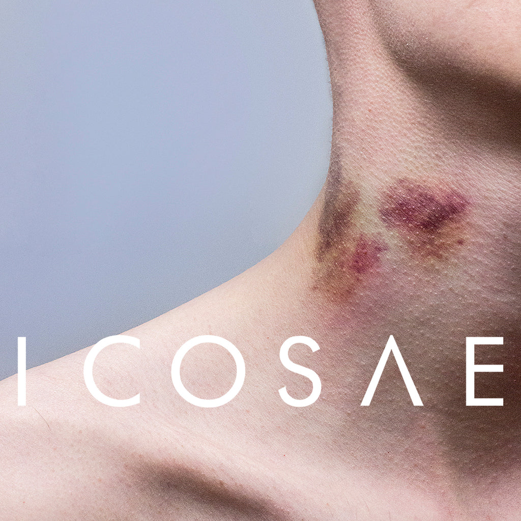 ICOSAE SS16: WARPED STATIC SILHOUETTES AND ATMOSPHERIC MOVEMENT