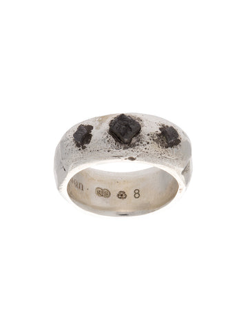 Black Cubes Ridge Ring