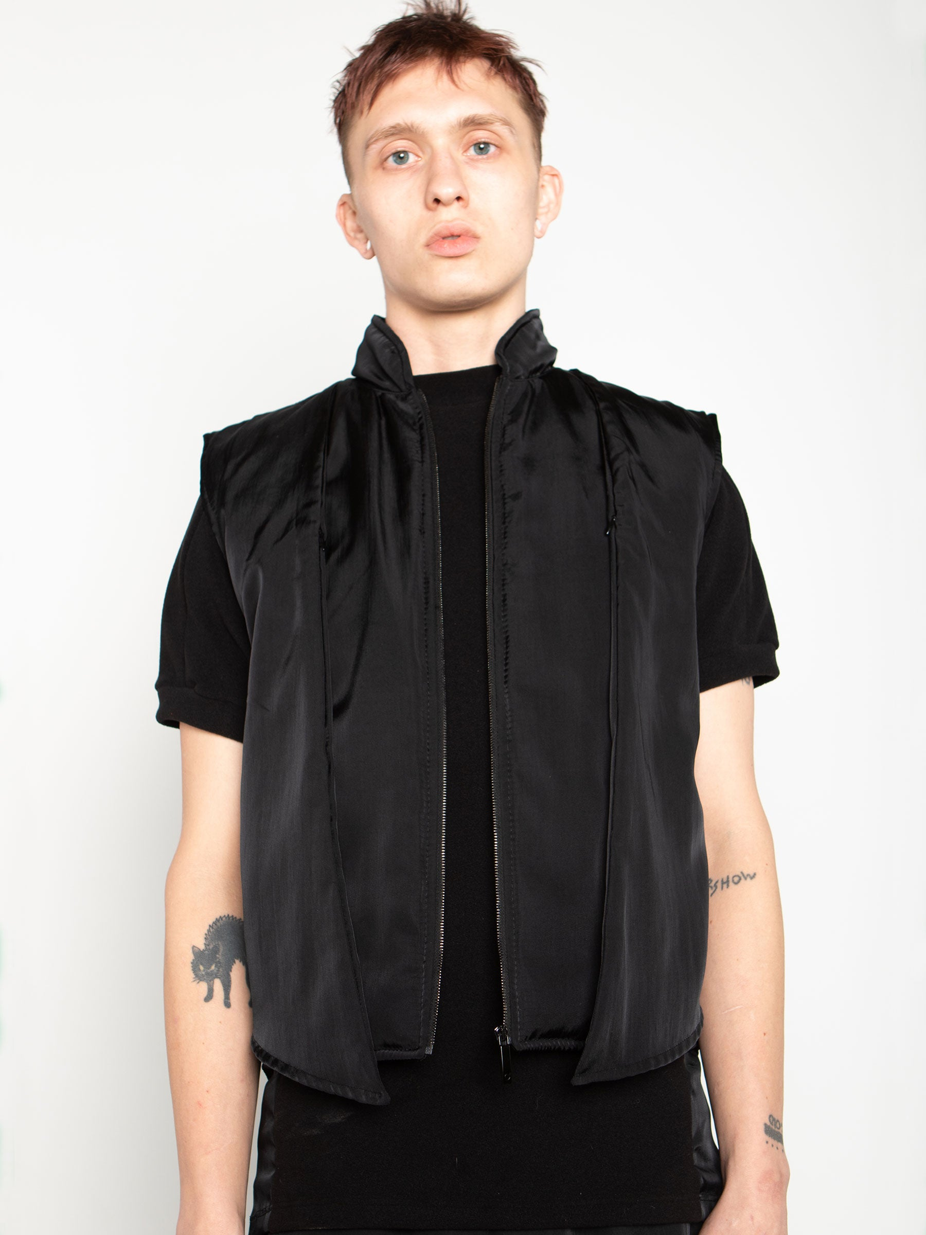 odd92 Shop Cottweiler Spring/Summer 2020 Menswear Black Caddie Puffer Vest - 1