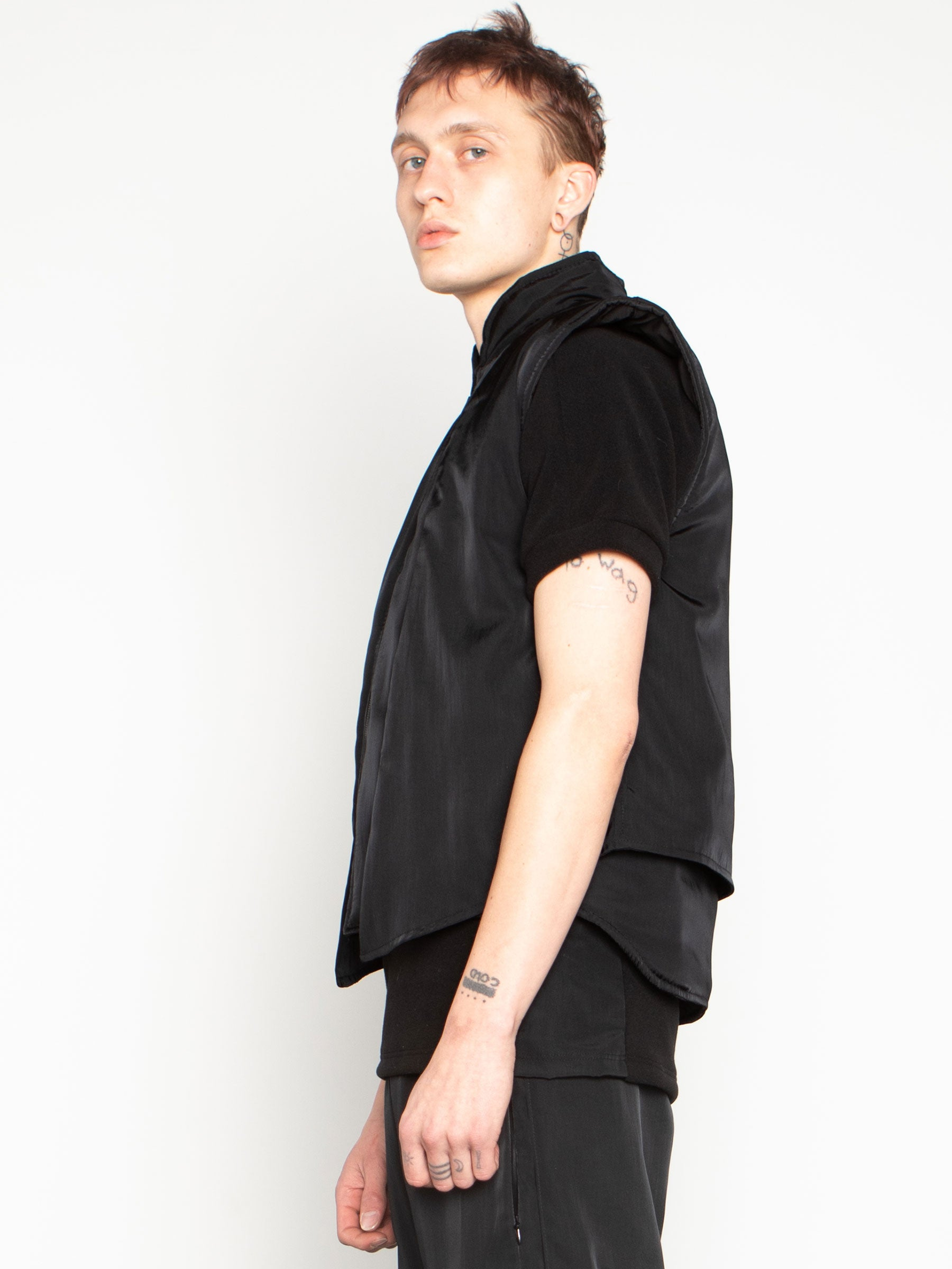 odd92 Shop Cottweiler Spring/Summer 2020 Menswear Black Caddie Puffer Vest - 4