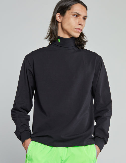 Logo Turtleneck