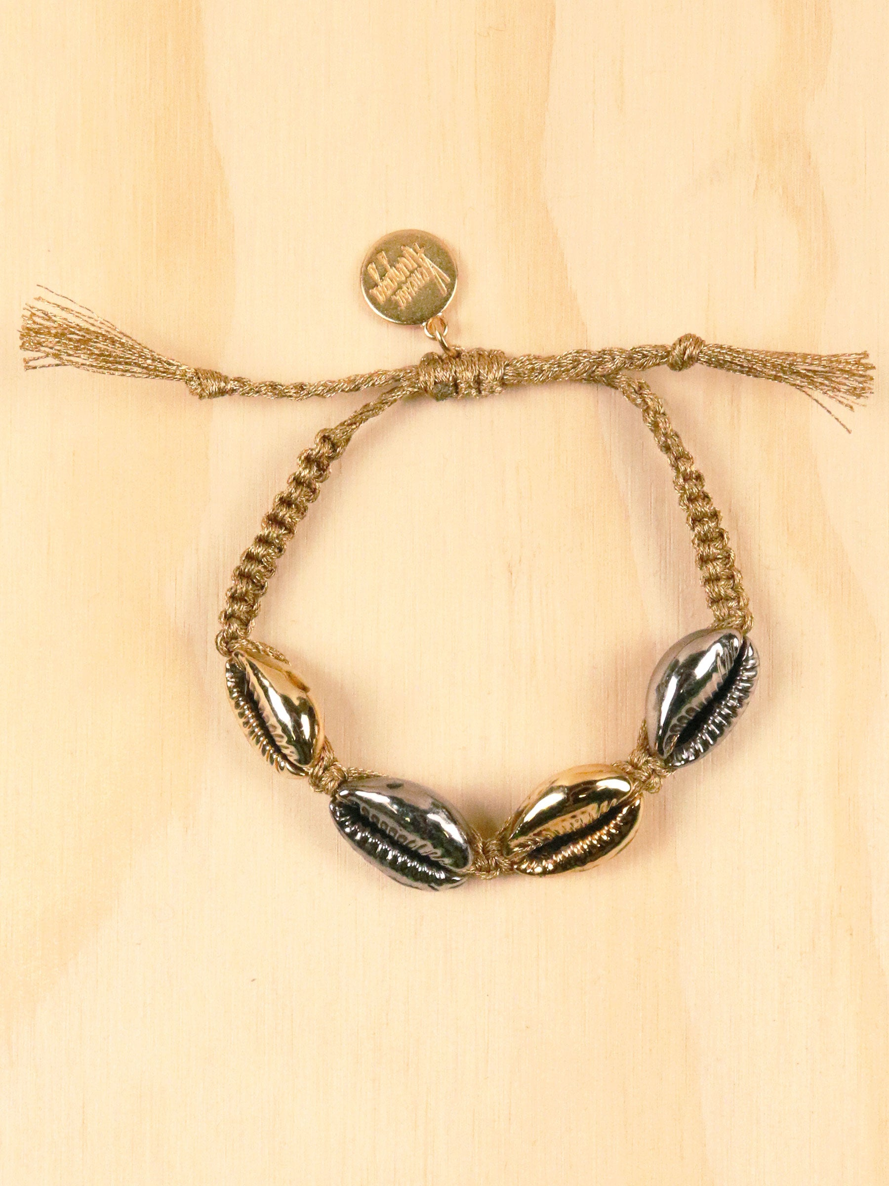 Mixed Metallic Shell Bracelet