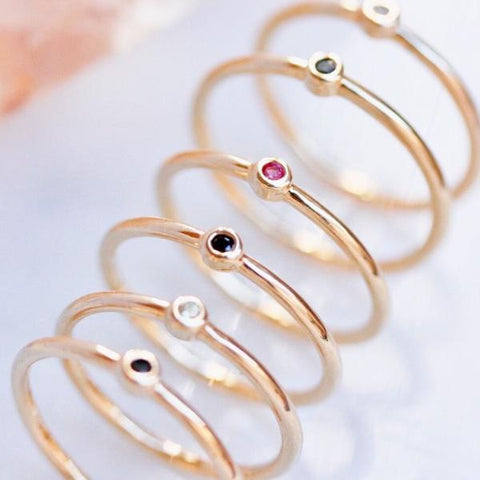 SIMPLE GOLD RUBY CZ RING