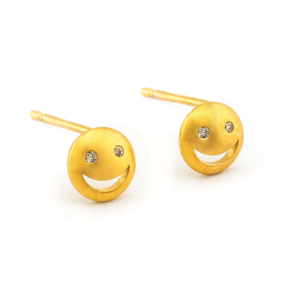 GOLD SMILEY FACE POST EARRING