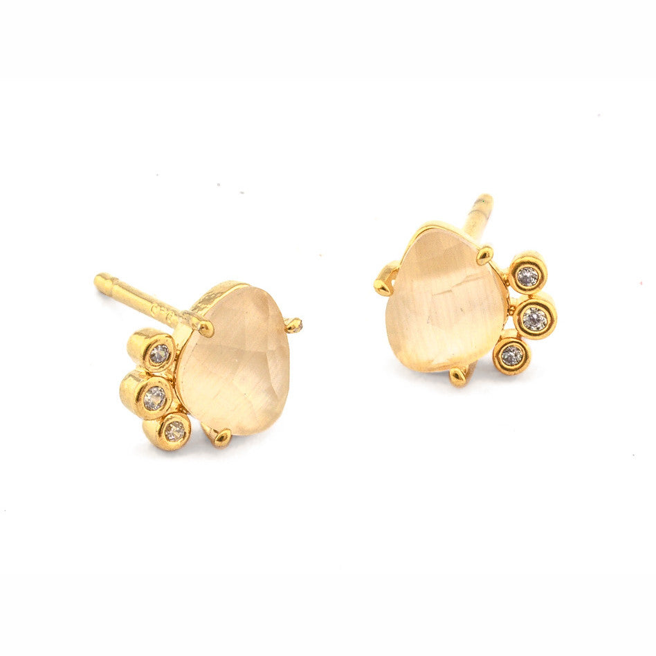 STONE AND BEZEL SET CZ POST EARRING