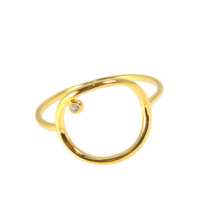 GOLD MEDIUM SIZED OPEN CIRCLE STENCIL RING WITH 1 CZ