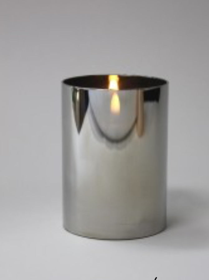 Small chrome flameless candle