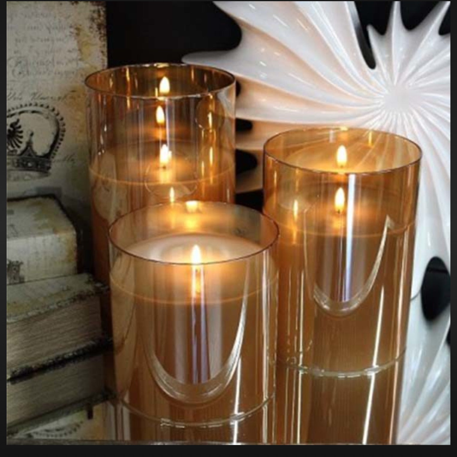 Light garden medium champagne flame less candle