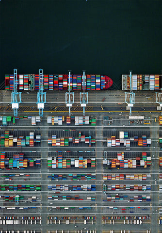 Container Port 38